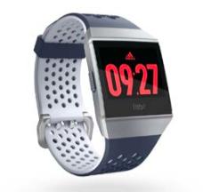 """「Fitbit」の人気モデル""""Ionic""""の「adidas」ディションがついにリリース!"""