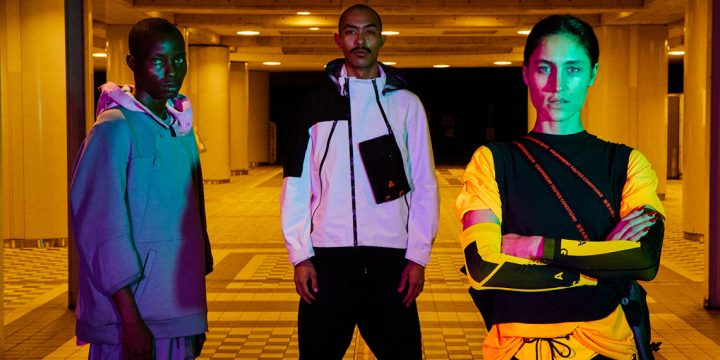 「NIKE ACG」の新作ジャケットは近未来的で、この1着でスポーツファッション最先端の着こなしが実現