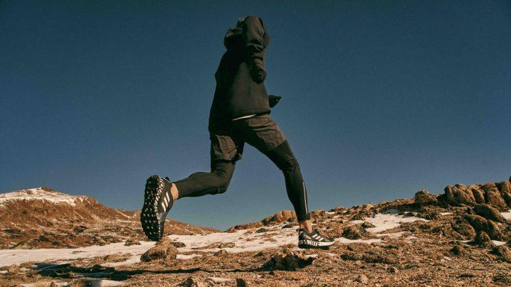 """「adidas」のアウトドアレーベル""""TERREX""""と「White Mountaineering」のコラボシューズ2モデル"""