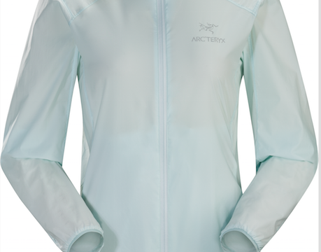 「ARC'TERYX」から夏のハイキングやトレッキングにぴったりなジャケット&パンツが登場!
