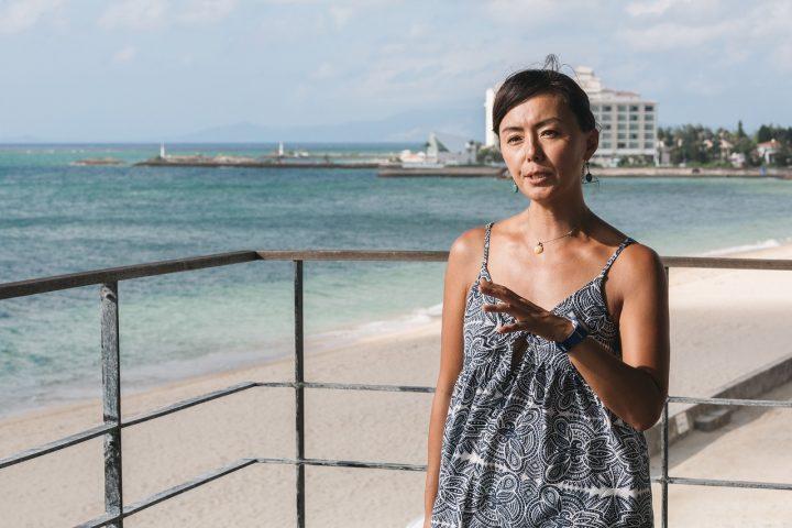 海の魅力を語る田中律子