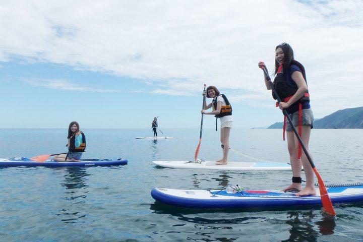 【SUP×女子旅】福井県・高浜町の人気ビーチでSUPツアーを開催!