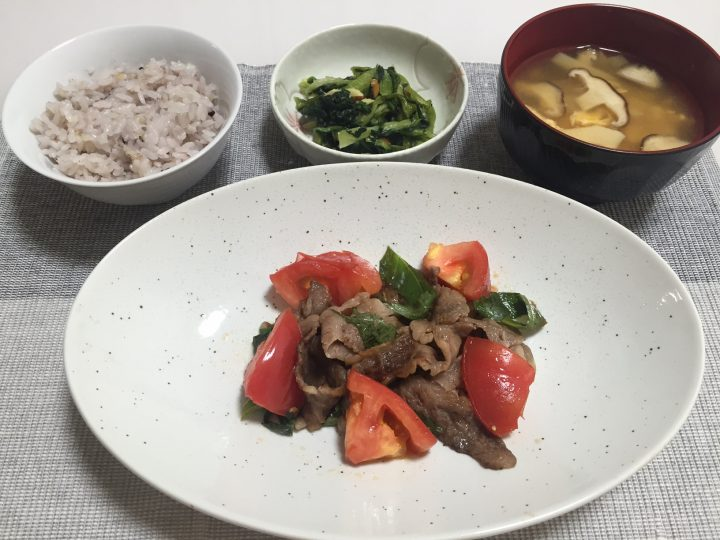 牛肉とトマトのサッパリ炒め